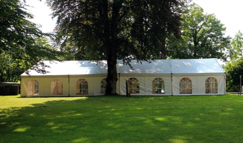 Which is Better: An Indoor Event or a Tented Event?
