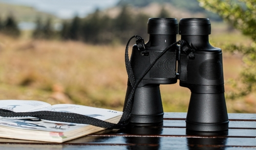Gift Ideas for Your Birdwatchers