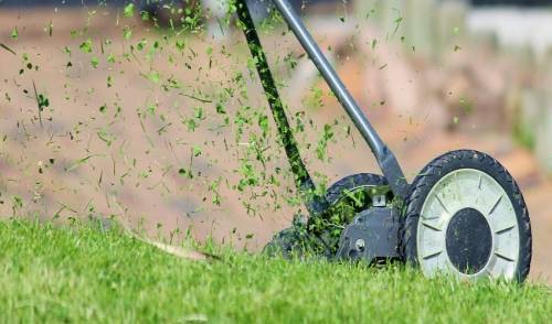 Late Season Mowing Tips