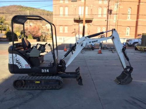 Bobcat 324 Excavator