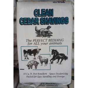 Columbia Feeder Clean Cedar Shavings 10 Cubic Feet