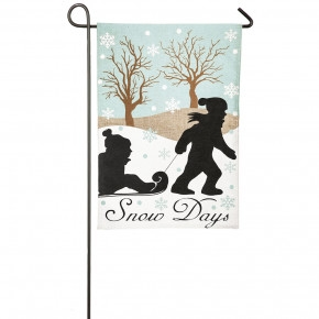25% Off Evergreen Flags