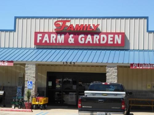 Family Farm & Garden