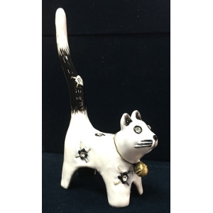 White Cat Ring Holder by Welforth