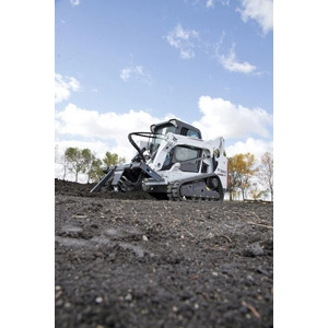 Compact Track Loader T-590