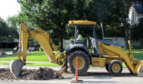 Digging Equipment You Need For a Pool