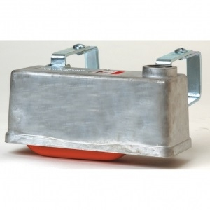 Metal Trough-O-Matic W/ Brackets