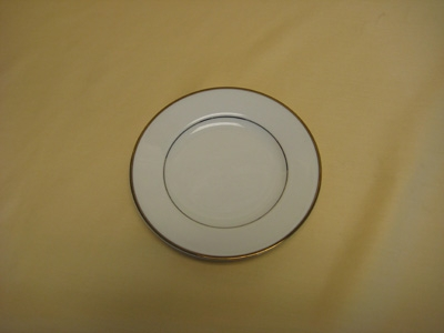 Bread & Butter Plate Diplomat / White with Gold Band