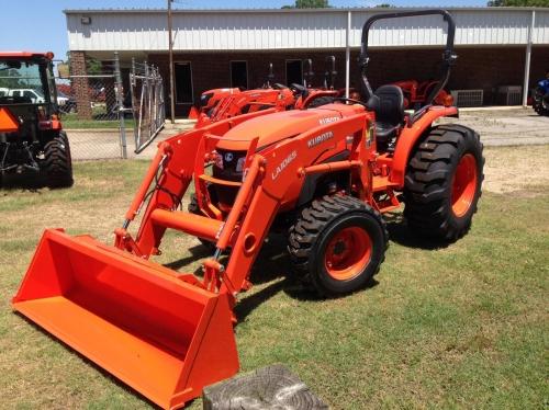 Tractor Kubota L3301 HST