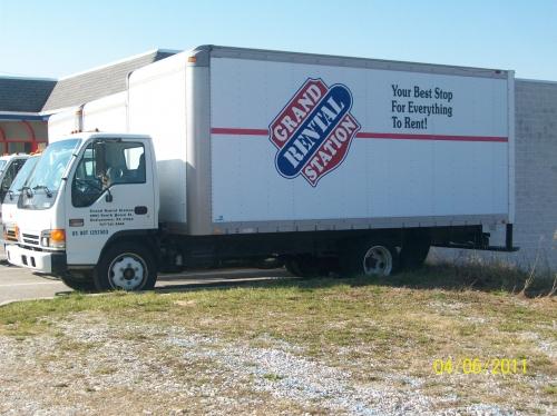 20' Box Truck